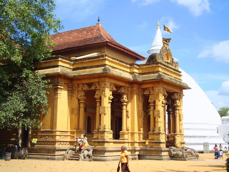 Kelaniya Buddhist Temple